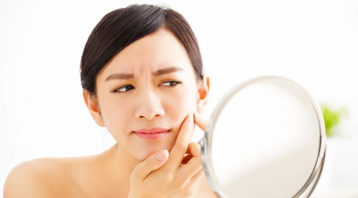 what causes blind pimples