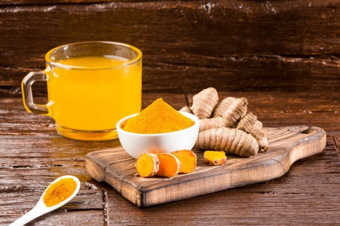 drinking turmeric water for fair skin