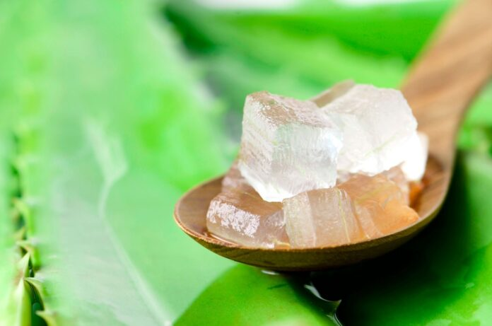 can aloe vera be left in hair